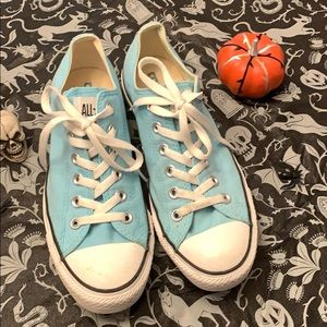 Converse All Stars Light Blue Low Top